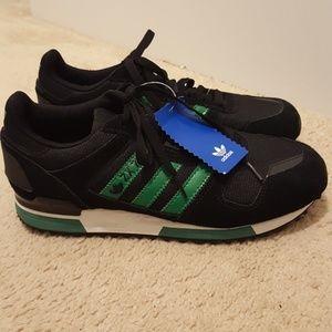 Adidas ZX 700 size 8.5 New